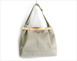 suolo(スオーロ) CROP middle linen